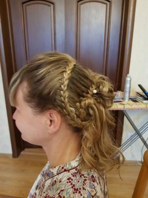 Проба пера- вечерние причёски... - IMG_2045.JPG